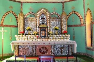 Pearl Shell Altar, Sacred Heart Church