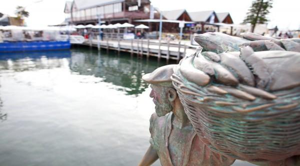Fishing Boat Harbour, Fremantle, statue, monument, landmark